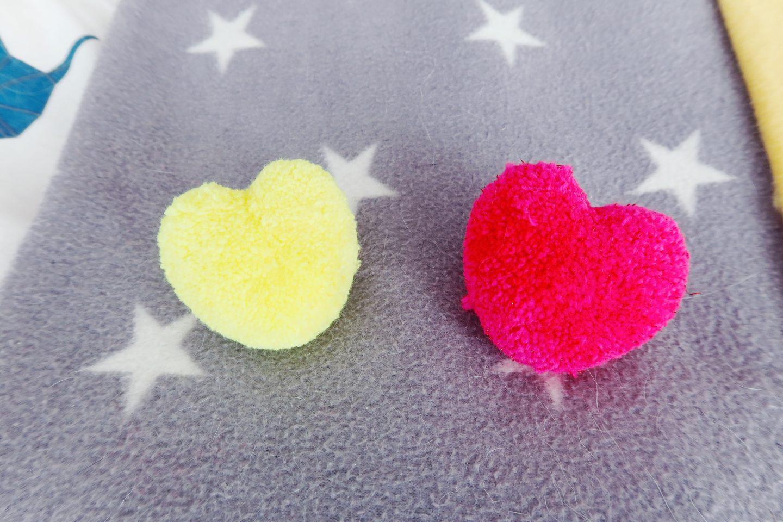 heart-pompom-bobbles